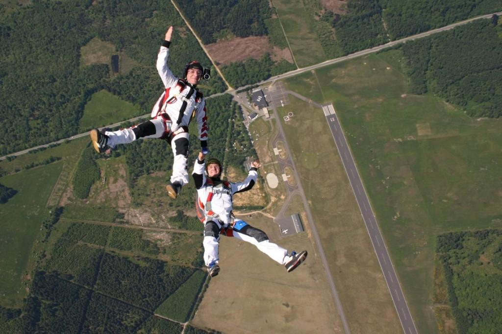 Saut en parachute d'hélicoptère à Sâ
